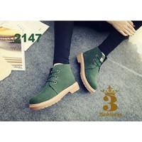 Giày boot nữ - Giày boot - Giày boot Dr Martens chất da lộn