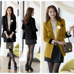 Áo khoác vest form dài tay phối đen đính hoa sành điệu