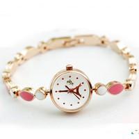 Đồng hồ nữ sang trọng E 977