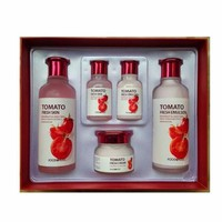 Bộ mỹ phẩm dưỡng da FOODAHOLIC Tomato Fresh Skin