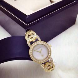 Đồng hồ Chanel lắc sang trọng