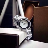Đồng hồ Dior mẫu mới siêu HOT 2015