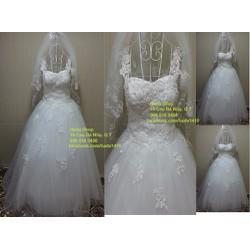 Áo cưới trắng