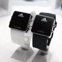 Đồng hồ Led Adidas mẫu mới.
