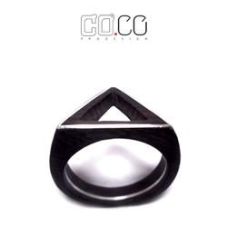 hẫn Gỗ mun Sừng và bac với thiết kế phá cách dạng tam giác
