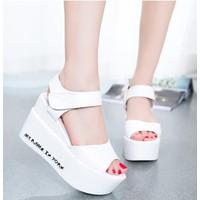 SD147D - Giày Sandal đế xuồng in chữ