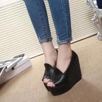 SD205 - Giày Sandal đế xuồng cá tính