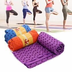 Khăn trải thảm tập Yoga với hạt PVC chống trơn - Màu Tím