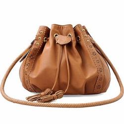 Túi xách nữ dây đeo với đường viền in hoa