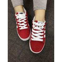 Giày thể thao 3 sọc N990180