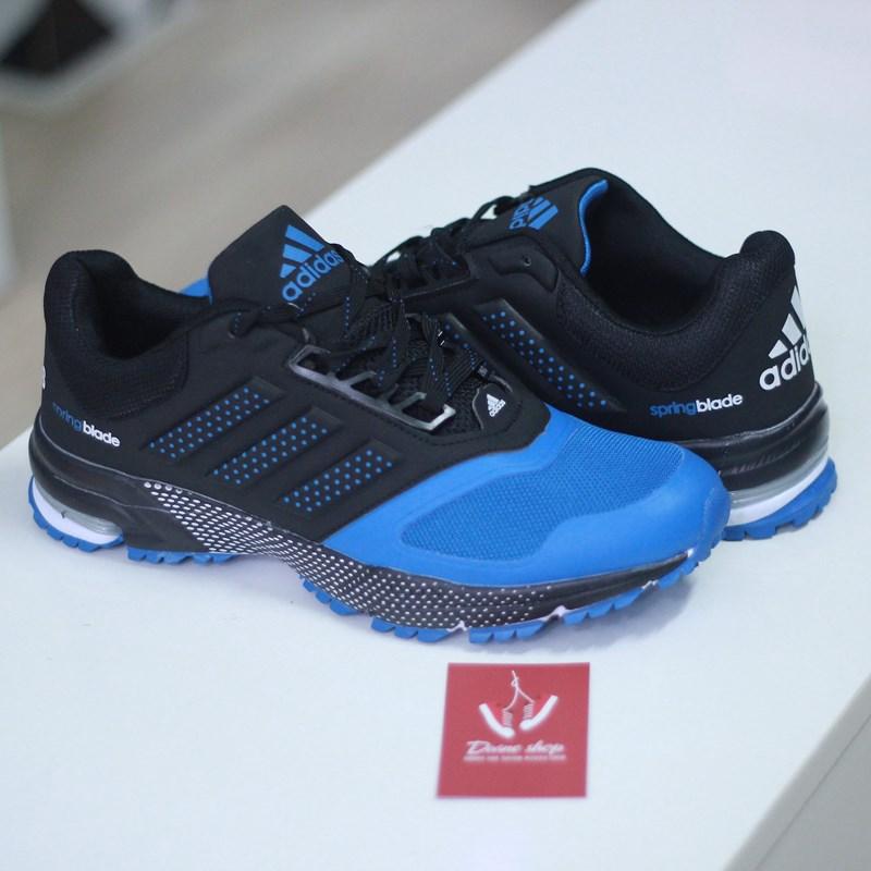 Giày Adidas – bạn luôn đồng hành vẻ sporty dành cho bạn trẻ 2015