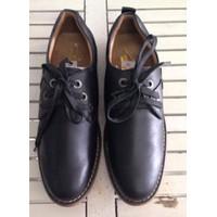 giày boot giá khuyến mãi tại fofoshop