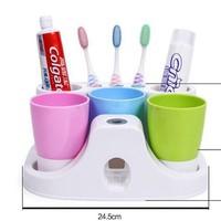 Dụng Cụ Nhả Kem Đánh Răng Tự Động 3 Cốc