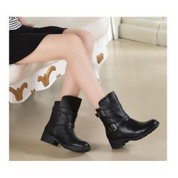 Giày bôt nữ đế bệt cá tính - Mã số MM90128