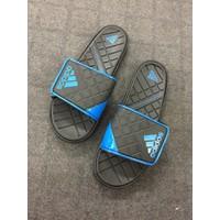 Dép quai ngang siêu nhẹ adidas màu xanh dương DN10