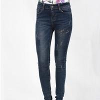 Hằng Jeans - Quần jeans nữ thêu chữ 2087