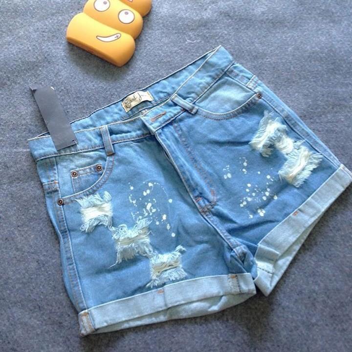 Quần short jean rách vẩy sơn 1