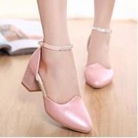 Giày cao gót đế vuông phong cách Hàn Quốc