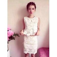 HÀNG NHẬP CAO CẤP - Sét áo ngắn + chân váy ren hoa