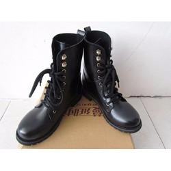 Giày combat boot da trơn