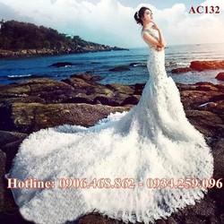 Váy cưới đuôi cá đính đá sang trọng bồng bềnh 132