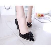 Giày cao gót nơ vuông