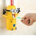 Dụng Cụ Lấy Kem Đánh Răng Minion