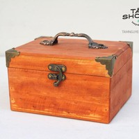 Rương gỗ Vintage sậm màu TNS2