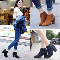 Giày boot 7 phân da lộn gót nạm đinh
