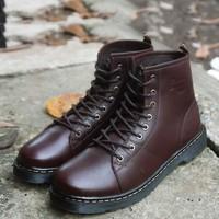 Giày da Dr.martens dáng phong cách trẻ trung