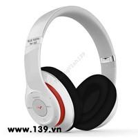 headphone bluetooth tm 010 sạc pin gắn được thẻ nhớ