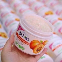 Kem tẩy tế bào chết hương mơ St.Ives Fresh Skin Apricot Scrub
