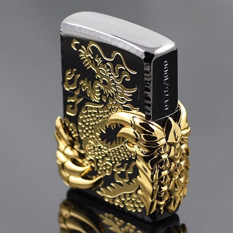 HỘT QUẸT ZIPPO CON RỒNG 2