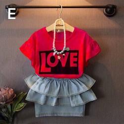 Bộ áo hình chữ love váy jean dễ thương