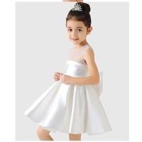 Đầm công chúa màu trắng HB319