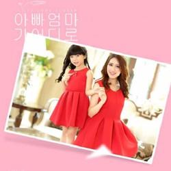 đầm đỏ noel cho mẹ và bé