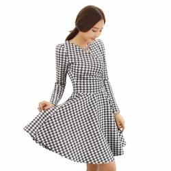 Đầm xòe họa tiết chéo đen trắng D28106