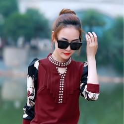 Áo chui đầu nữ dài tay, thiết kế kiểu dáng ôm thân trẻ trung.