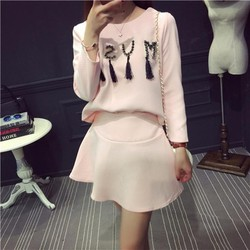 Bộ váy nữ trẻ trung, màu sắc trẻ trung - D016