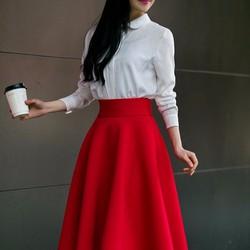 Chân váy đỏ xòe lưng cao