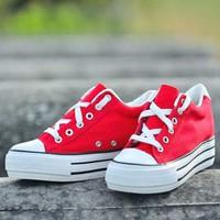 Giày bata đế cao SB041