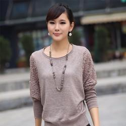 Áo len nữ dài tay cổ tròn, trơn màu phối ren hiện đại, mẫu cá tính.