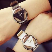 Đồng hồ cặp đôi tam giác trong suốt, giá 1 đôi