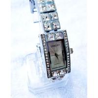 Đồng hồ Ernest bạc mặt hình chữ nhật viền hạt ERNESTHCN-365