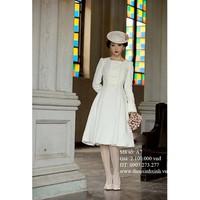 Áo dạ trắng