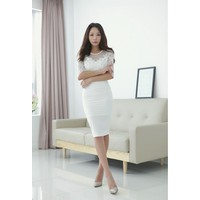 Đầm Ren Tay Dài Sang Trọng TAMN1889