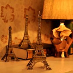 Mô hình tháp Eiffel cao 15 cm Màu Vàng Rêu cung cấp bởi WinWinShop88