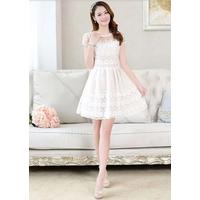 Đầm ren hoa tiểu thư màu trắng - GT56