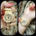 Đồng hồ lắc tay nữ Chopard vàng 042CP-G
