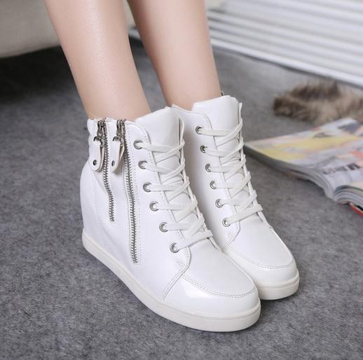 Hãy đừng bao giờ bỏ lỡ những kiểu dáng giày sneaker nữ bên dưới!